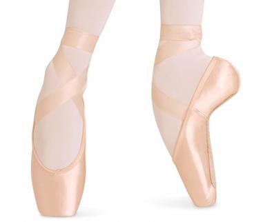 immagini di scarpe da danza classica